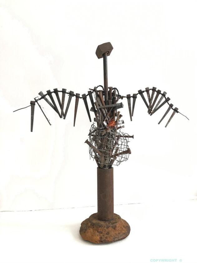 sculpture, objets-recyclés, personnage, femme-ailée, métal, Hélène-Patenaude