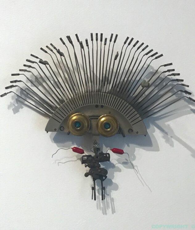 art-sculpture-personnage-objets recyclés-Hélène Patenaude