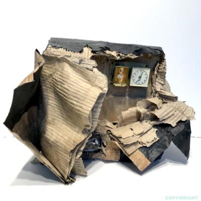 art-abstraction-sculpture-carton-objets recyclés-encre de chine-Hélène Patenaude